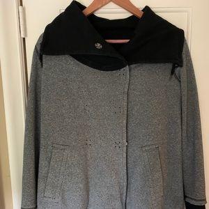Lululemon wrap jacket size 4 6?